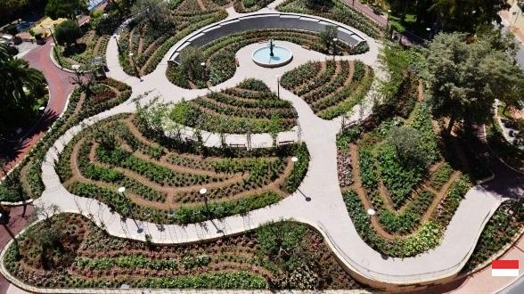 Розарий Принцессы Грейс (Princess Grace Rose garden) в Монако